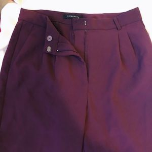 CINDY CIGARETTE PANT IN MAROON-NEVER WORN
